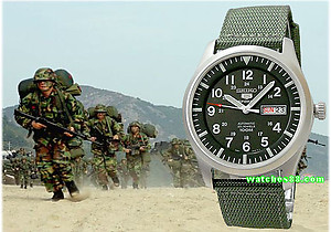 SEIKO 5 Sport 100M Automatic Military Collection SNZG09K1